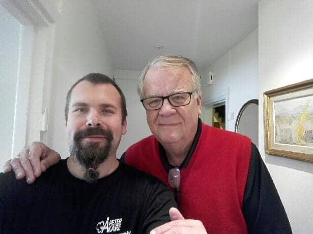 Lasse Berghagen med Flyttfirma Peter Åkare AB