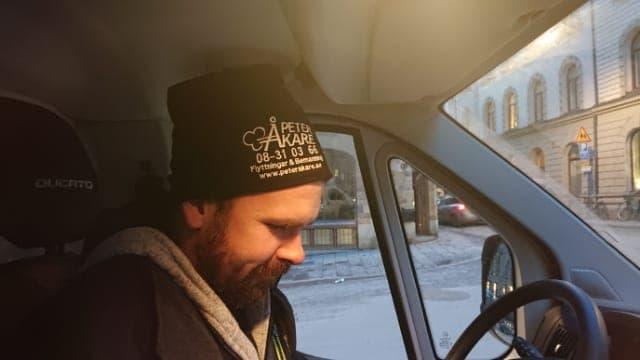 Flyttpersonal under kontorsflytt i Gamla Stan i Stockholm