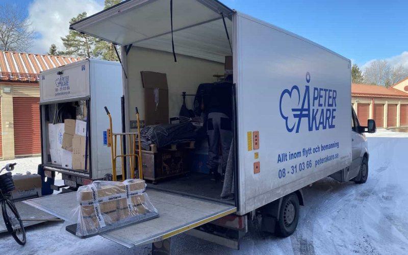 Flyttbil i Saltsjö-Boo